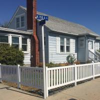 beach house exterior with fence corner view